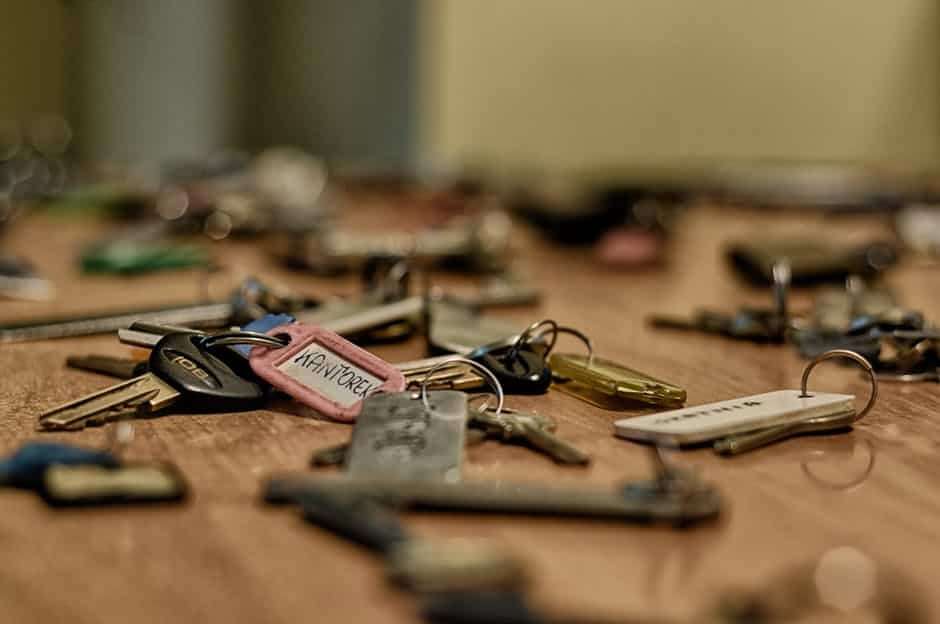 WHO MIGHT HAVE A KEY TO YOUR HOUSE?